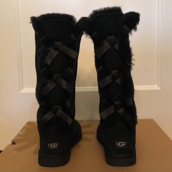 a7f47149cac NIB UGG Women's Bailey Bow Tall in Black Size 9 NWT
